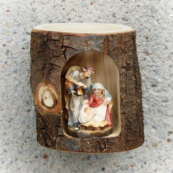 Holy family in wooden log 101101 -2